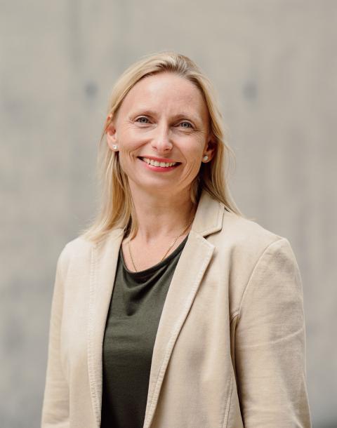 Claudia Jank | Anwalt Salzburg at